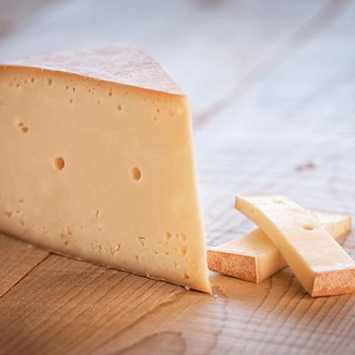 Morceaux de fromage Chartreux