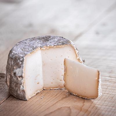Morceaux de fromage chevrette
