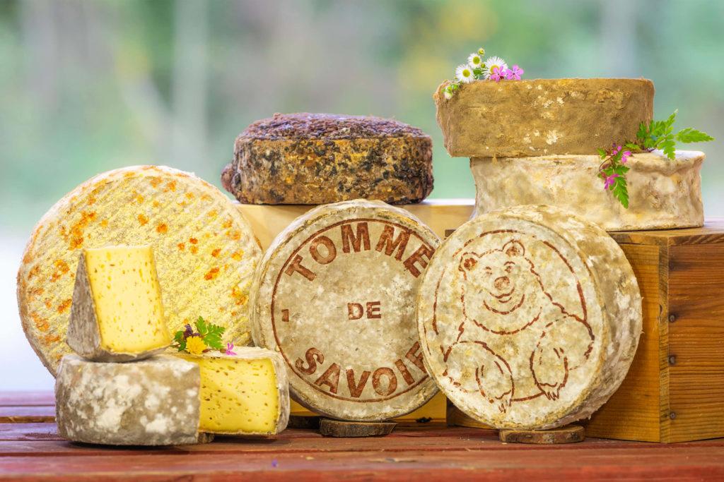 plateau de fromages de tommes de Savoie