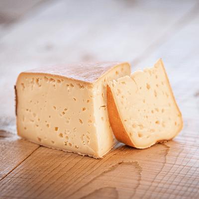 Morceaux de fromage Moelleux du Revard