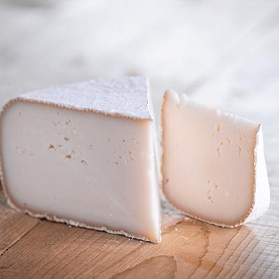 Morceaux de fromage tomme de chèvre 3kg