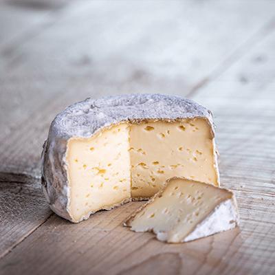 Morceaux de fromage tommette bio