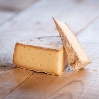 Morceaux de fromage Tome des Bauges